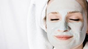 http://www.ensba-lyon.fr/postdiplome/1314/files/gimgs/th-6_woman-face-mask-final_article_new_article_new.jpg